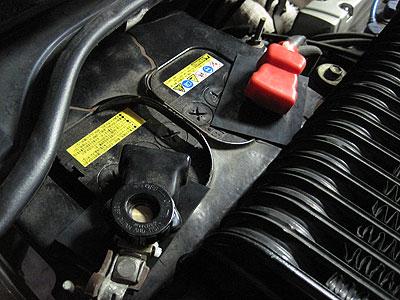 MR2AW11のバッテリー ショート防止用ゴム