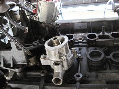 MR2AW11 4A-GZ排気ポート側