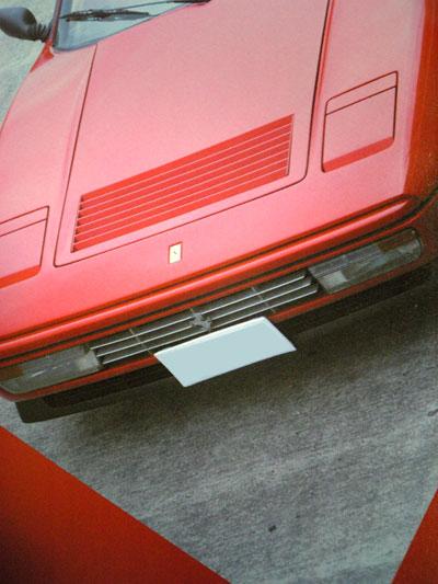 フェラーリ308のナンバープレート位置