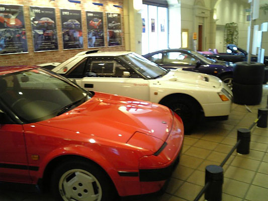 トヨタミドシップヒストリー展 初期型MR2AW11と222Dと最終型MR2SW20