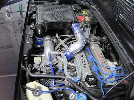 MR2 AW11のエンジンルーム