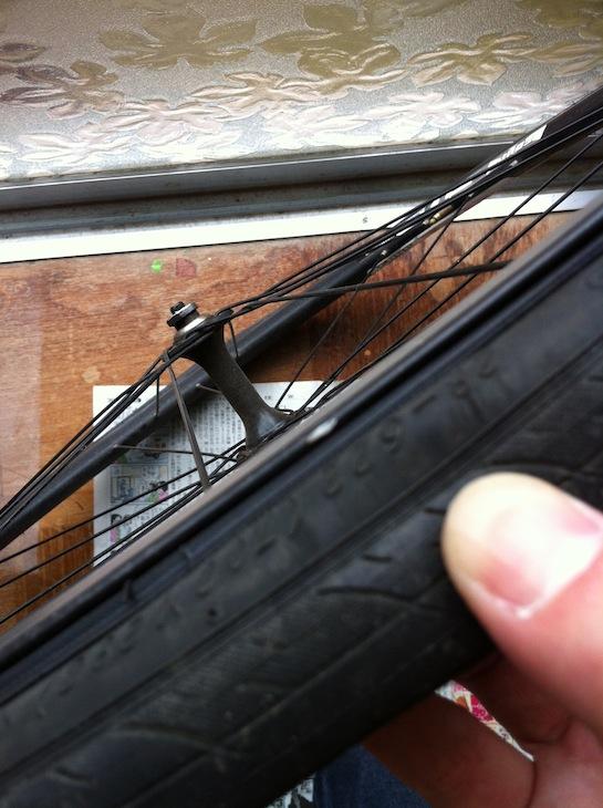 タイヤレバーの傷跡
