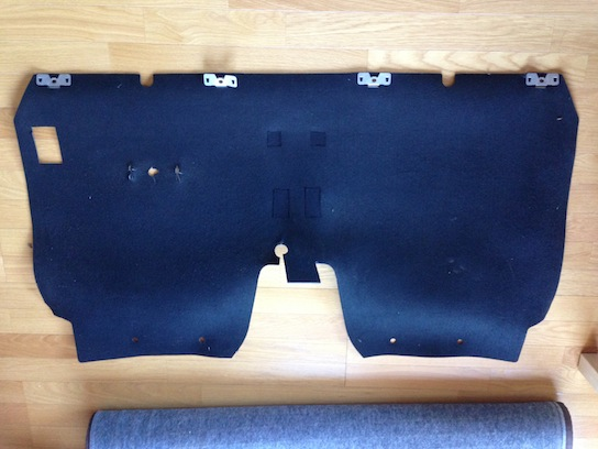 MR2 AW11のリアバルクヘッド内装